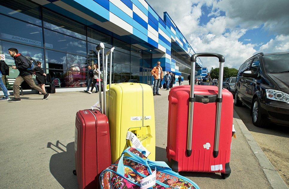 Туристам в Крыму рекомендуют выезжать в аэропорт Симферополя заранее